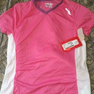 Women's Saucony short sleeve top w/ tags NEW. S